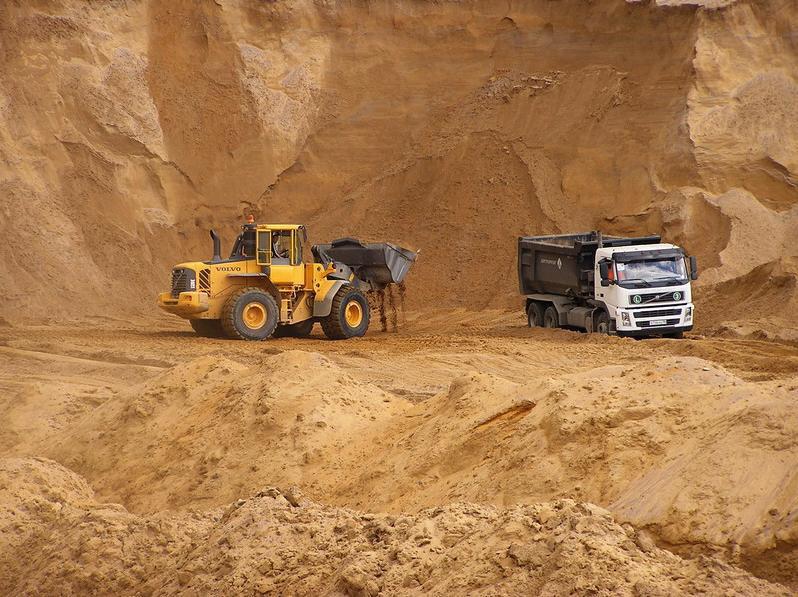 Гірський пісок для фундаменту